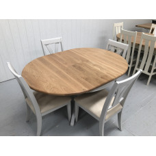 Somerdale Oak 1.1 Mtr Round Extending Dining Table plus 4 Somerdale Dining Chairs