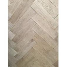 Boston Solid Wood Flooring Parquet/Herringbone Character French Oak Tumbled Unfinished